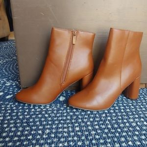 New Ankle boot